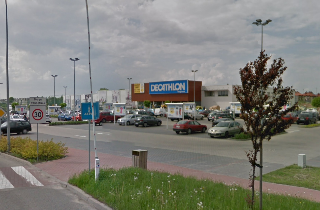 """[:et]Decathlon Targowek (Poola) <img src=""""https://www.tourism360.net/mtb/poi/shop.png""""/>[:en]Decathlon Targowek (Poland) <img src=""""https://www.tourism360.net/mtb/poi/shop.png""""/>[:]"""
