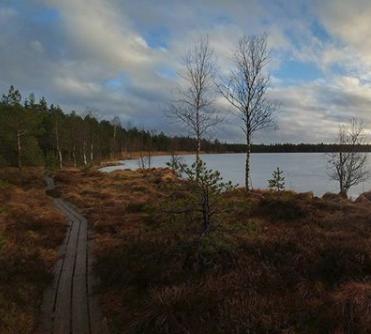 "[:et]Suuresta / Patika Mädajärv <img src=""https://www.tourism360.net/mtb/poi/nature.png""/>[:en]Suuresta/ Patika Mädajärv <img src=""https://www.tourism360.net/mtb/poi/nature.png""/>[:]"