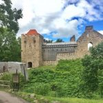 "[:et]Sigulda ordulinnus <img src=""https://www.tourism360.net/mtb/poi/manmade.png""/>[:en]Castle of Livonian Order <img src=""https://www.tourism360.net/mtb/poi/manmade.png""/>[:]"